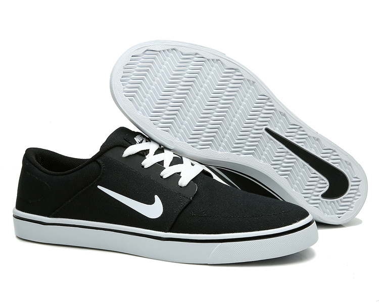 the latest c7363 5e56a Of Quality Nike SB Portmore Black White 723874 003 Men s Trainers ...
