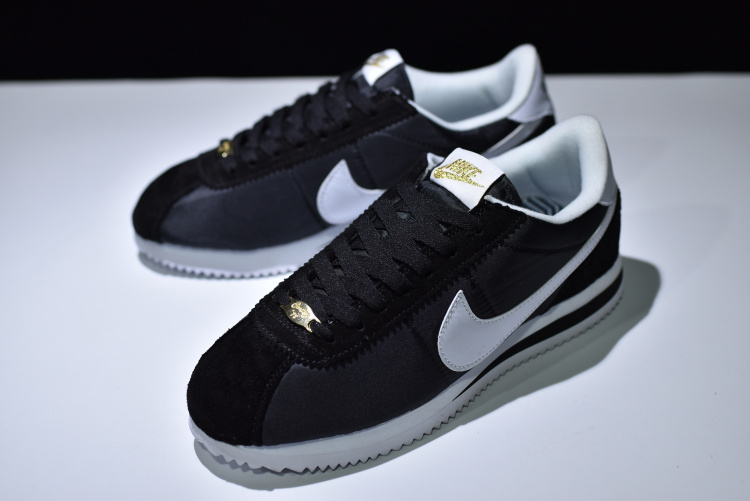 Beautiful Design Nike Cortez Basic Nylon Prem Black White 902804 001 Unisex  Running Shoes ... 9b46c491e