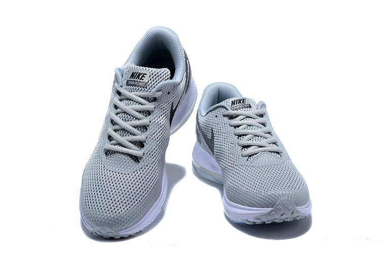 Perfect Nike Zoom Low All Out Low Zoom 2 Grey Noir AJ0035 005 Femme   's Sport 25b1d2