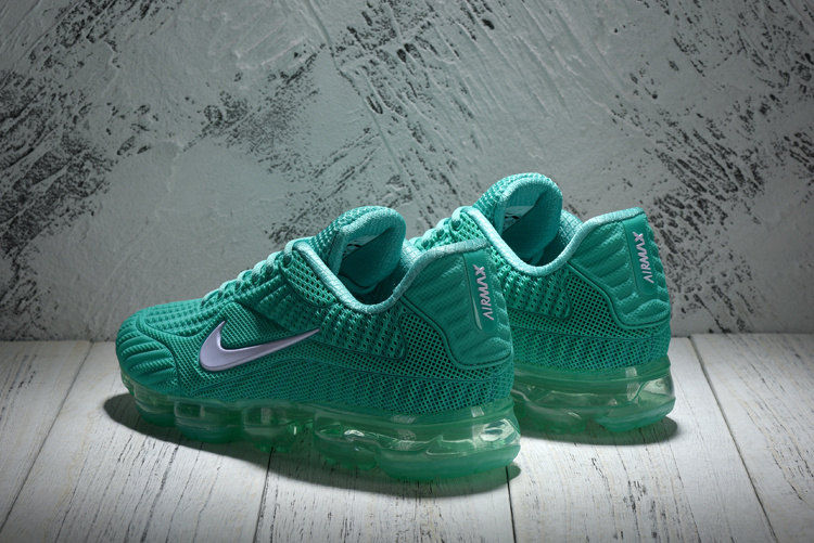 104aba70d8c5 ... inexpensive fashionable nike air vapormax flyknit green white 849558  112 womens running shoes 2c6db 556a6