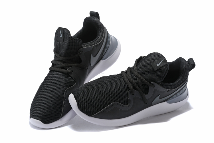 new product 1a679 a9b9f ... Fashionable Nike Rosherun Black Grey White AA2160 Unisex Running Shoes  ...